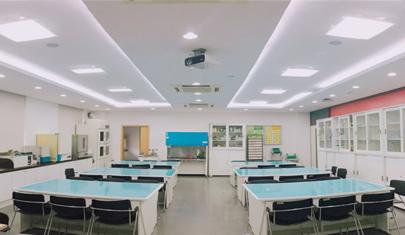 진 139호 : 화학실험실습실 사진
